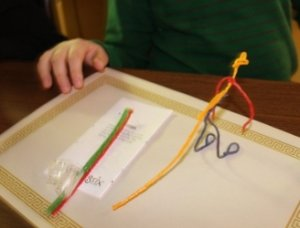 Fun ideas for kids with Wikki Stix