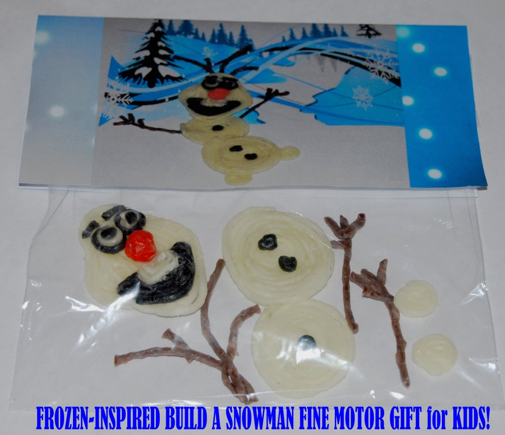 """Build a Snowman"" Treat Bags with Printable Topper for Kids!"