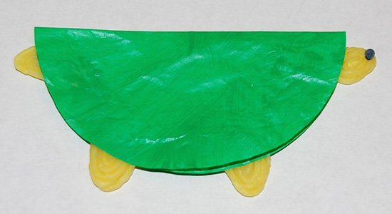 Wikki Stix Sea Turtle Cupcake Liner Craft