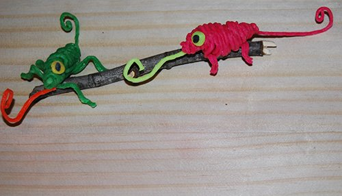 Wikki Stix Chameleon Craft for Kids