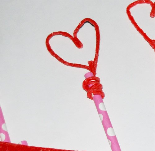 5 Little Hearts Puppet Sticks