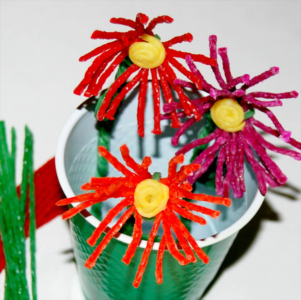 Wikki Stix Flower Craft for Mother's Day